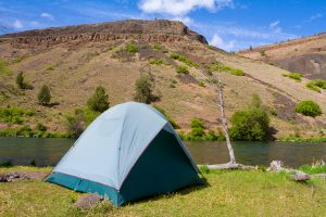 tent by the deschutes river
